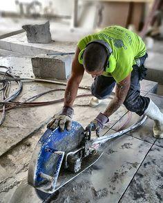 Concrete Cutter  #concretecuttingmiami #concretecutting #concreteconnection #miami #miamibeach #coralgables #gablesestates #construction #constructionsite #generalcontractor #concretelife