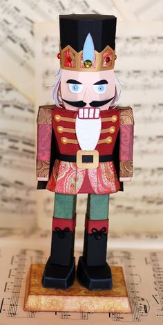 Oh, what a beautiful nutcracker from CLARA'S CHRISTMAS EVE KIT made by Kristin!!!  I love this!