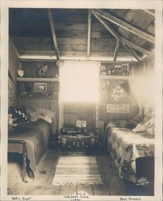 twin beds summer cabin