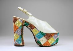 Mid-1970s pair of women's sling-back sandals with white leather uppers and sequined platforms by Casuccio and Scalera for Loris Azzaro.