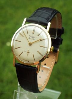 Vintage Watches Collection : Antiques Atlas - Gents Gold Rotary Wrist Watch, 1959 - Watches Topia - Watches: Best Lists, Trends & the Latest Styles Vintage Watches For Men, Antique Watches, Rotary Watches, Mens Dress Watches, Automatic Watch, Breitling, Omega Watch, Rolex, Watch Room