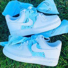 Cute Nike Shoes, Cute Nikes, Nike Air Shoes, Jordan Shoes Girls, Girls Shoes, Tenis Nike Jordan, Nike Af1, Sneakers Fashion, Fashion Shoes