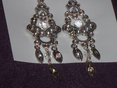 Earring sale 2 pairs for 4.99 & Free Shipping $4.99