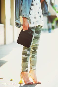 Grocery Shopping Style: Camo Jeans + Star Top + Statement Necklace ( Denim Jackets & Graphic T-Shirts )