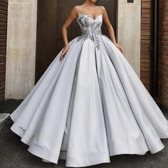 Stock up functioned as simple quinceanera dresses Quince Dresses, Gala Dresses, Ball Gown Dresses, Event Dresses, 15 Dresses, Quinceanera Dresses, Cute Dresses, Fashion Dresses, Best Cocktail Dresses
