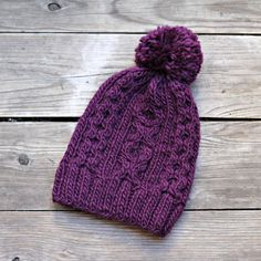 This knit hat is really cozy, warm and stylish! It is perfect for fall and winter. And now you can make the one by yourself! The #pattern is easy and the result is really go... #kgthreads #purple