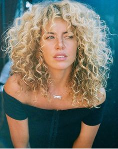 Curly Hair Styles, Curly Bangs, Curly Hair Cuts, Short Curly Hair, Wavy Hair, New Hair, Natural Hair Styles, Natural Curls, Curly Girl