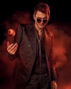 David Tennant as Crowley in Good Omens Michael Sheen, Neil Gaiman, David Tennant, Fandoms, Nos4a2, Good Omens Book, Terry Pratchett, Angels And Demons, Crowley
