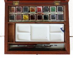 Antique british Mahagony water color artist PAINT BOX Reeves and Son -1900-