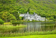 Kylemore Abbey, Connemara - Ireland