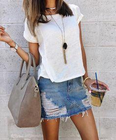 6e59440449 Denim skirt x white top Outfit Con Gonna Di Jeans, Gonne Di Jeans, Minigonne