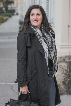 Übergangsjacken - unverzichtbare Must-Have Jacken für den Herbst // Trenchcoat, Herbstoutfit, Modeblog, www.miss-classy.com #trenchcoat #mode #fashionblogger #modetrends Jeans Und Converse, Jeans Und Sneakers, Fashion Weeks, Elegantes Business Outfit, Mode Outfits, Fashion Outfits, Denim Look, Sport Outfit, German Fashion