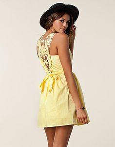 Light yellow lace-back dress