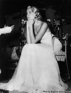 Grace Kelly on the set of 'To Catch A Thief', 1955.
