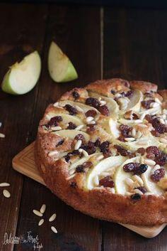 Torta di mele buonissima ricetta della nonna - La torta di mele più buona del mondo Dulcisss in forno by Leyla