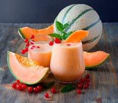 Anders, aber lecker: Melonen-Tee-Smoothie Melon Smoothie – A smoothie with tea? Healthy Smoothies For Kids, Smoothie Recipes For Kids, Shake Recipes, Healthy Drinks, Cantaloupe Smoothie, Smoothie Fruit, Smoothie Drinks, Smoothies Banane, Tea Smoothies