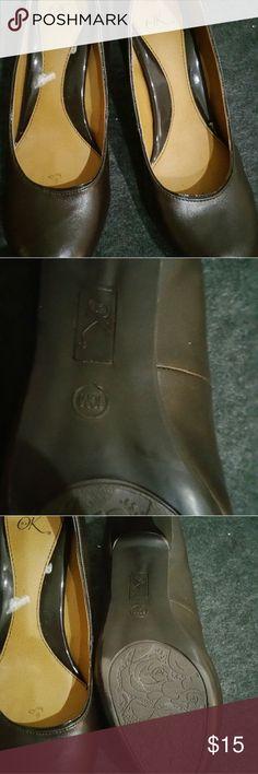Brown heals Never worn, brown heals it's Ok Shoes Heels