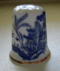 BLUE WILLOW THIMBLE   eBay Blue Willow China, For You Blue, Franklin Mint, Thimble, China Patterns, White Decor, Delft, Fine China, White Porcelain