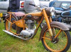 Motobecane-Z54-1950--monocylindre-4-temps-refroidi-par-air-125cc-cadre-simple-berceau-freins-à-tambour-1953-Dijon-France-Europe.