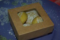 Recette de la Maamoul A La Rose Au Coeur De Pistache sur le blog de Nanou. Boîte alimentaire dispo ici http://www.laboutiquedujetable.fr/93-boite-carton