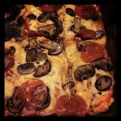 """THM (S) - """"No Dough"""" Pizza, base made with cream cheese, eggs & parmesan cheese"""