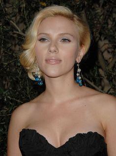 Scarlett Johansson – Elle Magazine 14th Annual Women in Hollywood 15.10.07