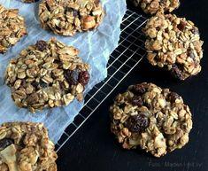 Müslicookies eller müslibarer. Klik her og få den nemme opskrift på skønne müslicookies af den sundere slags - indeholder kun ganske få ingredienser...