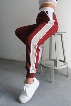 El Tracker los pantalones chándal clásico de nuestros Ropa Deportiva Mujer b864e0b350db2