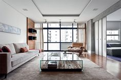 wood + glass coffetable = yes!