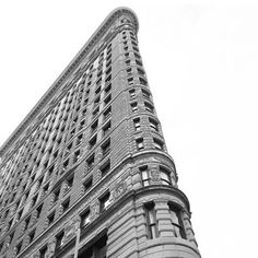 Obsessed with this building ❤ #flatiron #architecture #nyc #newyork #newyorkcity #obsessed #newyorker #manhattan #blackandwhite #building #windows #art #living #nycliving #nycrealestate #realestate #photos #moving  #considerliving