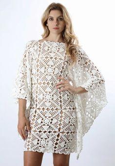 Vestido com mangas bem larguinhas, feito com square de crochê.   Modelo da net                 Grafico sugerido