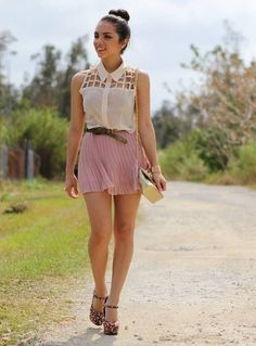 Image from http://stuffpoint.com/fashion-clothes/image/313064-fashion-clothes-summer-girl-outfit.jpg.