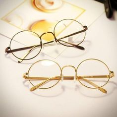 f12095d82a0 Geeky retro style glasses with round frames (non-prescription)