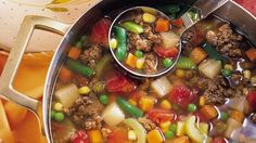 Do you love Soups ? if yes this hamburger soup is for you... healthy and more than that weight watchers friendly. come with only 2 Weight watchers smart points. Find the ingredients below... follow the instructions below to print this recipe. Ingredients: (8 oz) extra lean ground beef (8 oz) uncooke…