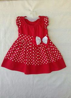 African Dresses For Kids, Dresses Kids Girl, Kids Outfits Girls, Girl Outfits, Cotton Frocks For Kids, Kids Frocks, Baby Girl Christmas Dresses, Little Girl Skirts, Kids Dress Wear