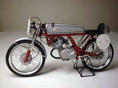 Mid Life Cycles: Ace CR125 cafe racer