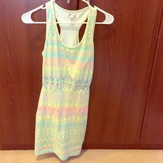 American Eagle Aztec Print Tank Dress Really cute Aztec print tank dress! Looks great with a jean jacket and heels, or just by itself! This dress has only been worn once and is super comfortable! American Eagle Outfitters Dresses