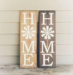Vertical HOME Sign, rustic Windmill sign, Country Home decor, Farmhouse entry signs, Cottage Chic si Primitive Wall Decor, Primitive Homes, Country Decor, Rustic Decor, Farmhouse Decor, Farmhouse Style, Farmhouse Signs, Country Crafts, Coastal Farmhouse