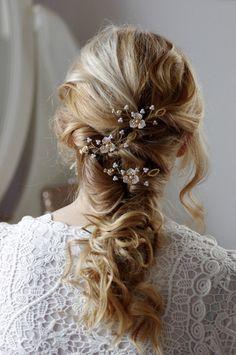 Haarschmuck & Kopfputz - Braut Haarschmuck, Haarnadeln in ivory, weiß, rosa - ein Designerstück von Klamitka bei DaWanda