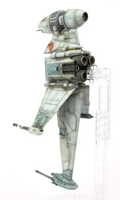 The Modelling News: Build Guide: Andy Moore's scale B-Wing Starfighter from Bandai Star Wars Ships, Star Wars Art, The Modelling News, Sci Fi Spaceships, Star Wars Models, Plastic Injection Molding, Fighter Pilot, Plastic Models, Scale Models
