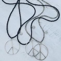 P̥ͦe̥ͦḁͦc̥ͦe̥ͦi̥ͦs̥ͦḁͦr̥ͦ ☮ #necklace #halsband #peace #webbutik #måbra #bohemechic #bohemian #gypsylook #boho #bohochic #inredning #gypsysoul #gypsy #jewellery #bohojewelry #smykker #smycken #handgjordasmycken #homedecor