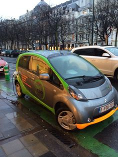 @zencardoteu, the solution to rent a shared electric car for a couple of hours #brussels #eco #ecars #electriccars #cars