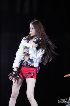 Fx Krystal Stage Outfits, Kpop Outfits, Krystal Jung, My Girl, Punk, Princess, Cosmos, Kpop Girls, Style