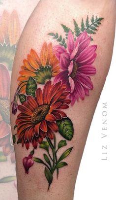 Tatuagens Femininas → 467 fotos para se inspirar (2018) Flower Cover Up Tattoos, Purple Flower Tattoos, Colorful Flower Tattoo, Beautiful Flower Tattoos, Gerbera Daisy Tattoo, Time Tattoos, Body Art Tattoos, Sleeve Tattoos, Leg Tattoos Women