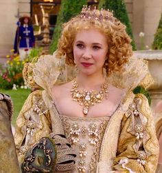 "Juno Temple in ""The Three Musketeers"" (2011)"