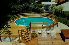 deck idea for friends above ground pool @Tonya Seemann McCurry