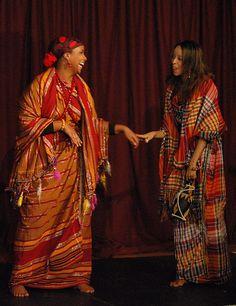 Somali Traditional Dress & Attires  Guntino and Shaash