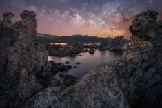 Milky Way over the interesting tufa formations at Mono Lake - ilikefishwaytoomuch Our Planet Earth, Milky Way, Landscape Photographers, Trekking, Wilderness, Travel Photos, The Good Place, Nature Photography, River