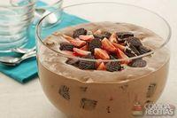 Estrogonofe de chocolate com morango