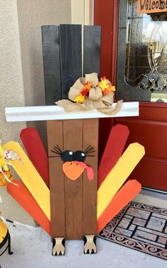 Gobble Gobble Pallet Was so fun to make . - 2019 Home Ideas Thanksgiving Wood Crafts, Fall Wood Crafts, Pallet Crafts, Pallet Art, Wooden Crafts, Thanksgiving Decorations, Holiday Crafts, Pallet Thanksgiving Ideas, Thanksgiving Signs